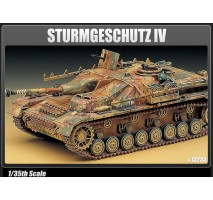 Academy 13235 - Sturmgeschutz IV 1:35