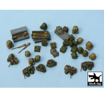 Black Dog - German equipment accessories set 1:48