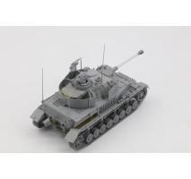 Border Model BT-006 - 1:35 Pz.Beob.Wg IV Ausf J with commander & infantry