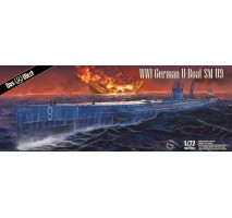 Das Werk 72001 - 1:72 S.M. U-Boot 9 - WWI German Submarine