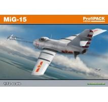Eduard 7057 - Kit macheta avion MIG-15 Profi-pack 1:72