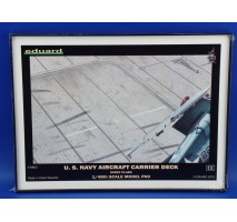 Eduard 8802 - US Navy Aircraft Carrier Deck display base 1:48