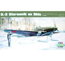Hobby Boss Macheta avion sovietic IL-2 Sturmovik (pe schiuri) 1:32