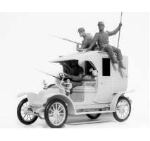 "ICM 35660 - 1:35 ""Battle of the Marne""(1914), Taxi car with French Infantry - 4 figures"