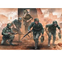 MB 35177 - German Infantry WW II Era Early Period 1:35