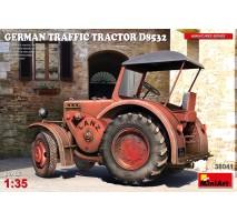 Miniart 38041 - 1:35 German Traffic Tractor D8532
