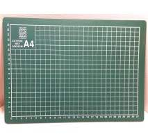 Hobby Shop - Cutting mat A4