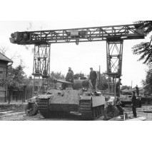 TAKOM 2109 - 1:35 FRIES KRAN 16t Strabokran, 1943/44 Production