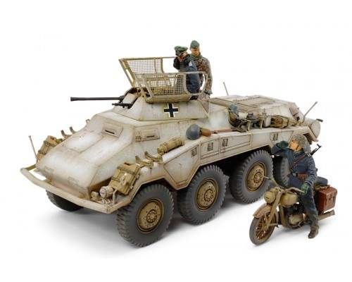 TAMIYA 37019 - 1:35 Sd.Kfz.234/1 (2cm) with motorcycle