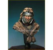 Young Miniatures bust - Roman Signifer 1st A.D (Resin bust) 1:10