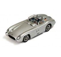 IXO - 1:43 MERCEDES 300 SLR Racing Sports Car 1955 Silver (same as MB32GE)
