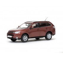 VITESSE 29390 - 1:43 Mitsubishi Outlander - Copper Red Metallic (C07)
