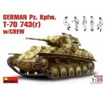 Miniart 35026 - 1:35 German Pz.Kpfw. T-70743(r) w/ Crew - 5 figures