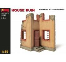Miniart 35527 - 1:35 House Ruin