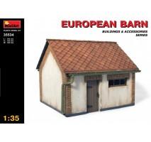 Miniart 35534 - 1:35 European Barn