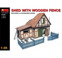 Miniart 35556 - Shed with Wooden Fence 1:35