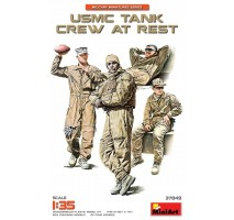 Miniart 37049 - 1:35 USMC Tank Crew at Rest - 4 figures
