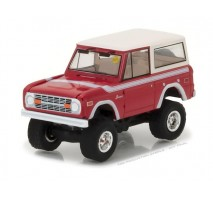 GreenLight 37110-F - 1975 Ford Bronco Solid Pack - Mecum Auctions Collector Cars Series 1