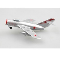 Easy Model 37130 - Mikoyan-Gurevich MiG-15 Noo384 Russian Air ForceChina1951 1:72