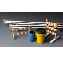 MENG SPS-013 - 1:35 Barricades & Highway Guardrail