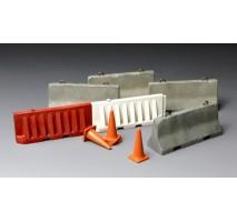 MENG SPS-012 - 1:35 CONCRETE & Plastic BARRIER SET