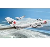 Hobby Boss 80337 - 1:48 MiG-17 PFU Fresco E