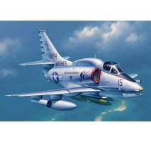 Trumpeter 02268 - 1:32 A-4M Skyhawk