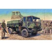 Trumpeter 01004 - 1:35 M1078 Light Medium Tactical Vehicle (LMTV) Standard Cargo Truck