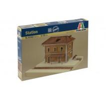 Italeri 6162 - 1:72 Station