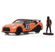 GreenLight 97030-E - 2011 Nissan GT-R (R35) with Race Car Driver Solid Pack - The Hobby Shop Series 3