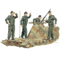 1:35 PANZER CREW ACHTUNG JABO (FRANCE 1944)