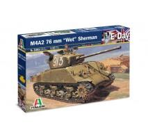 Italeri 6483 - 1:35 M4A2 76mm. ''WET'' SHERMAN