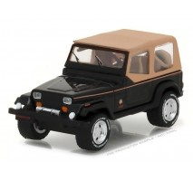 GreenLight 35070-D - 1994 Jeep Wrangler Sahara Solid Pack - All-Terrain Series 5