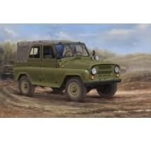 Trumpeter 02327 - 1:35 Soviet UAZ-469 All-Terrain Vehicle