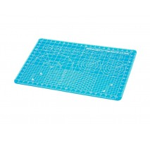 TAMIYA 74142 - Cutting Mat A (A5 Half/Blue) - 150mm x 220mm, 1mm thickness