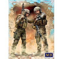 """Masterbox 24068 - 1:24 Modern War Series, kit No. 1. """"Our route has been changed!"""" - 2 figures"""