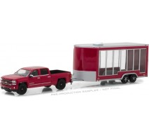 GreenLight 32120-B - Hitch & Tow Series 12 - 2016 Chevrolet Silverado and Glass Display Trailer Solid Pack