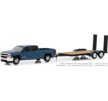 GreenLight 32150-C - 2018 Chevrolet Silverado 1500 with Flatbed Trailer Solid Pack - Hitch & Tow Series 15