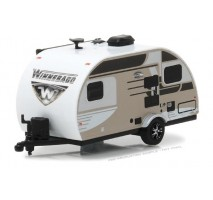 GreenLight 34040-C - 2016 Winnebago Winnie Drop - Champagne Solid Pack - Hitched Homes Series 4
