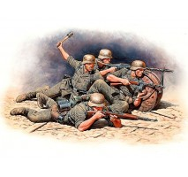 Masterbox 35102 - 1:35 German Infantry Defense, Eastern Front Battle Series, Kit No.1 - 4 figures