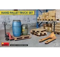 Miniart 35606 - 1:35 HAND PALLET TRUCK SET
