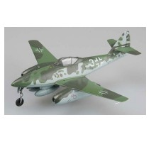 Easy Model 36369 - 1:72 Me-262a.KG44,Flown by Galland.Germany 1945