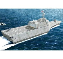 Trumpeter 04548 - 1:350  Independence (LCS-2)