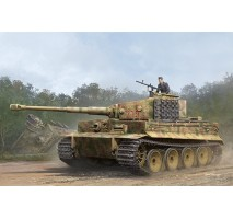 Trumpeter 09539 - 1:35 Pz.Kpfw.VI Ausf.E Sd.Kfz.181 Tiger I (Medium Production) w/ Zimmert