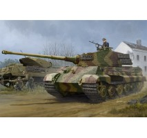 Hobby Boss 84531 - 1:35 Pz.Kpfw.VI Sd.Kfz.182 Tiger II (Henschel 1944 Production) w/ Zimmerit