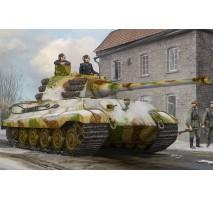 HobbyBoss 84532 - 1:35 Pz.Kpfw.VI Sd.Kfz.182 Tiger II (Henschel Feb-1945 Production)