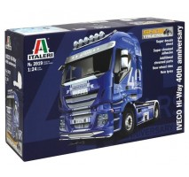 Italeri 3919 - 1:24 IVECO HI-WAY 40th ANNIVERS. Show Truck