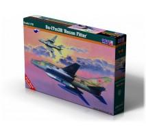 "MisterCraft D-19 - 1:72 Su-17M3R""Recon Fitter"""