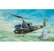Italeri 0040 - 1:72 UH-1B HUEY