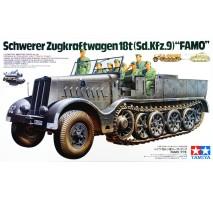 TAMIYA 35239 - 1:35 German 18-Ton Heavy Half-Track FAMO - 8 figures